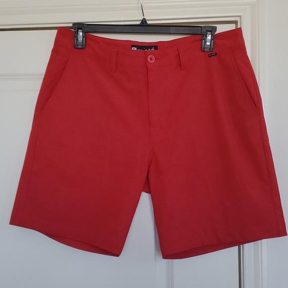 "⛳ Travis Mathew 9"" inseam stretch shorts size 36"